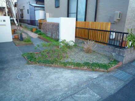 駐車スペース確保のエクステリア【やねきハウスのリフォーム】(リフォーム前)