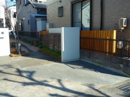 駐車スペース確保のエクステリア【やねきハウスのリフォーム】(リフォーム後)