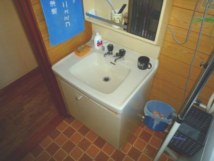 洗面化粧台 クリナップ ファンシオ【やねきハウスのリフォーム】(リフォーム前)