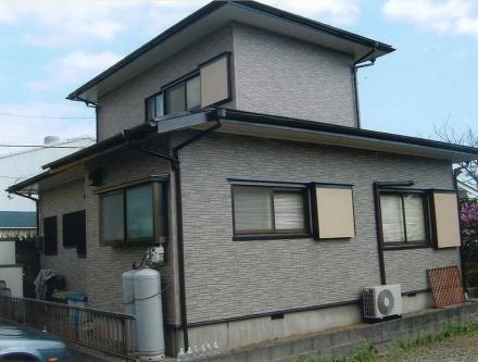 外壁張替え 波板からサイディング材へ【やねきハウスのリフォーム】(リフォーム後)