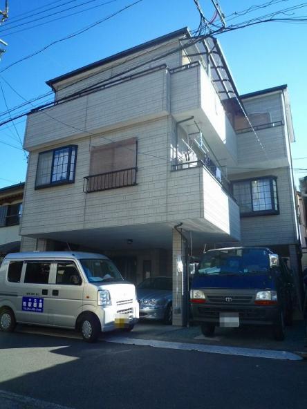 3階建て外壁リフレッシュ【やねきハウスのリフォーム】(リフォーム前)
