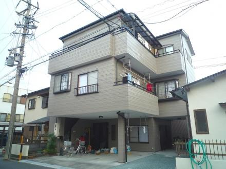 3階建て外壁リフレッシュ【やねきハウスのリフォーム】(リフォーム後)