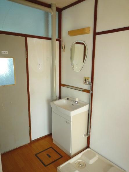 賃貸物件 洗面台リフォーム【やねきハウスのリフォーム】(リフォーム後)