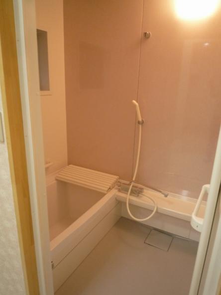 モルタル浴室からシステムバス タカラ ミーナ【やねきハウスのリフォーム】(リフォーム後)