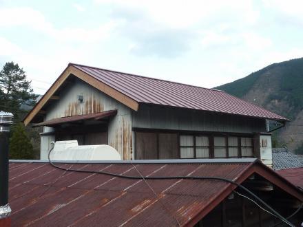 瓦屋根からカラーベスト屋根への葺き替え工事【やねきハウスのリフォーム】(リフォーム後)