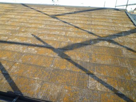 カラーベスト屋根塗替え【やねきハウスのリフォーム】(リフォーム前)